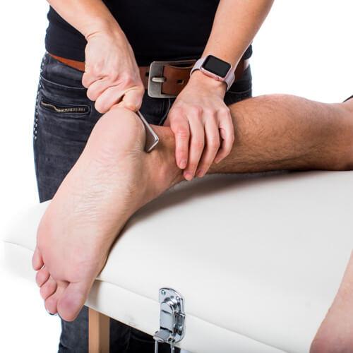 footmassage with iastm toolset (3)