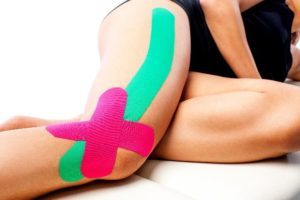runners-knee-tape