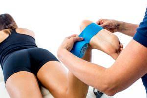 kinesiology-tape-heel-spur-plantar-fasciitis-THYSOL-Australia-step-2