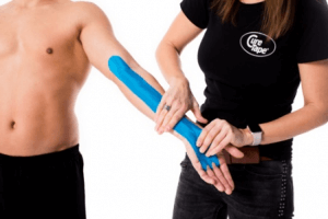 golfers-elbow-kinesiology-taping-step2
